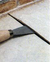 Как приклеить искусственное ковровое покрытие.