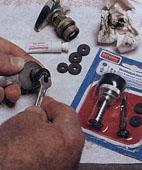 Как починить протекающий кран
