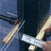 Как удалить осколки разбившегося оконного стекла